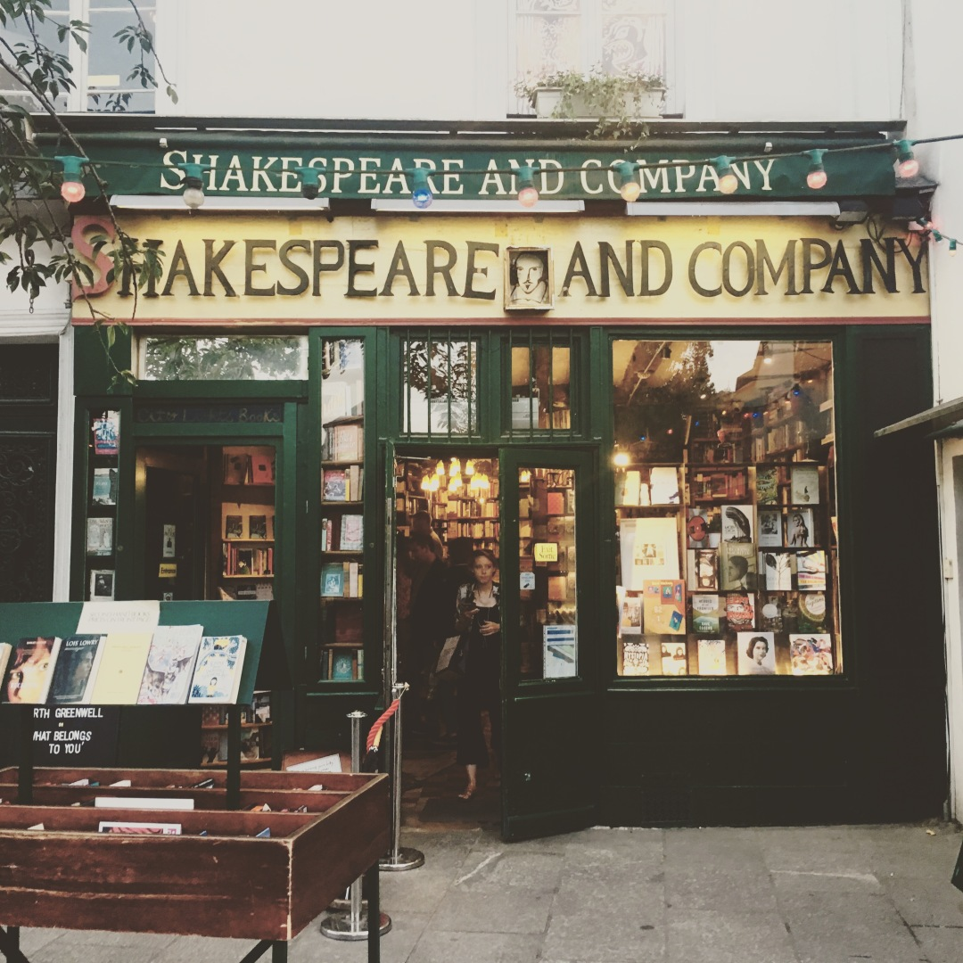 shakespeare-and-company-paris